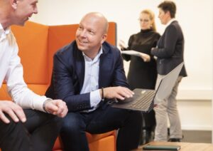 Anders Søgaard-Jensen er klar med rådgivning omkring investering i solenergi.